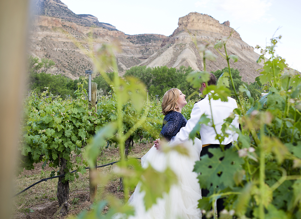 Palisade Wedding Photographer Amy and Tom Canyon wind Cellars (2)