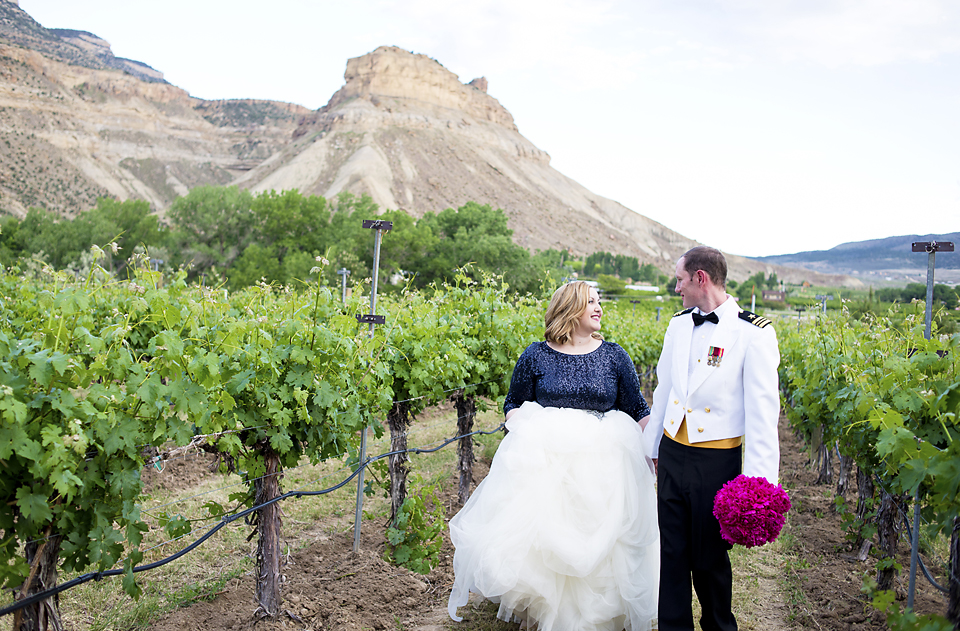 Palisade Wedding Photographer Amy and Tom Canyon wind Cellars (4)