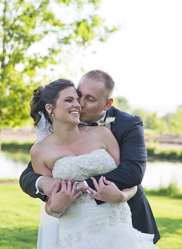 Hudson Gardens wedding pictures - couple portraits by Rayna McGinnis