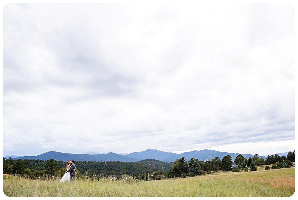 Mount Vernon Country Club Wedding Pictures