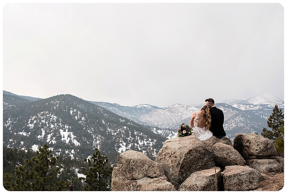 Colorado Winter Elopement by Colorado Elopement Photographer, Rayna Mcginnis