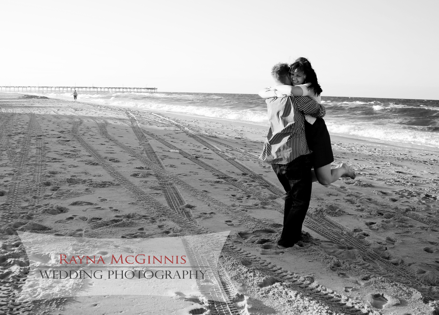 Outer Banks Engagement pictures by Rayna McGinnis Photography