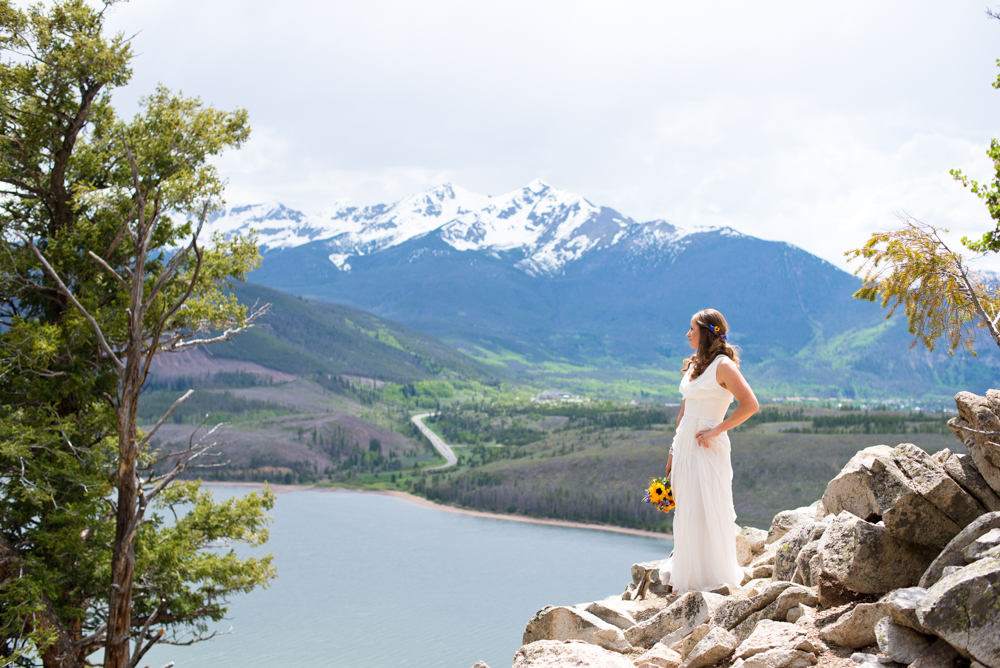 Sapphire Point Wedding Photography - Bride at Overlook