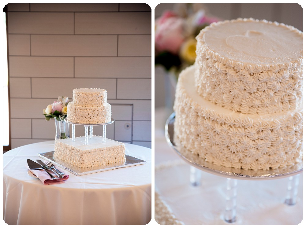 Wedding cake by the Mount Vernon Country Club