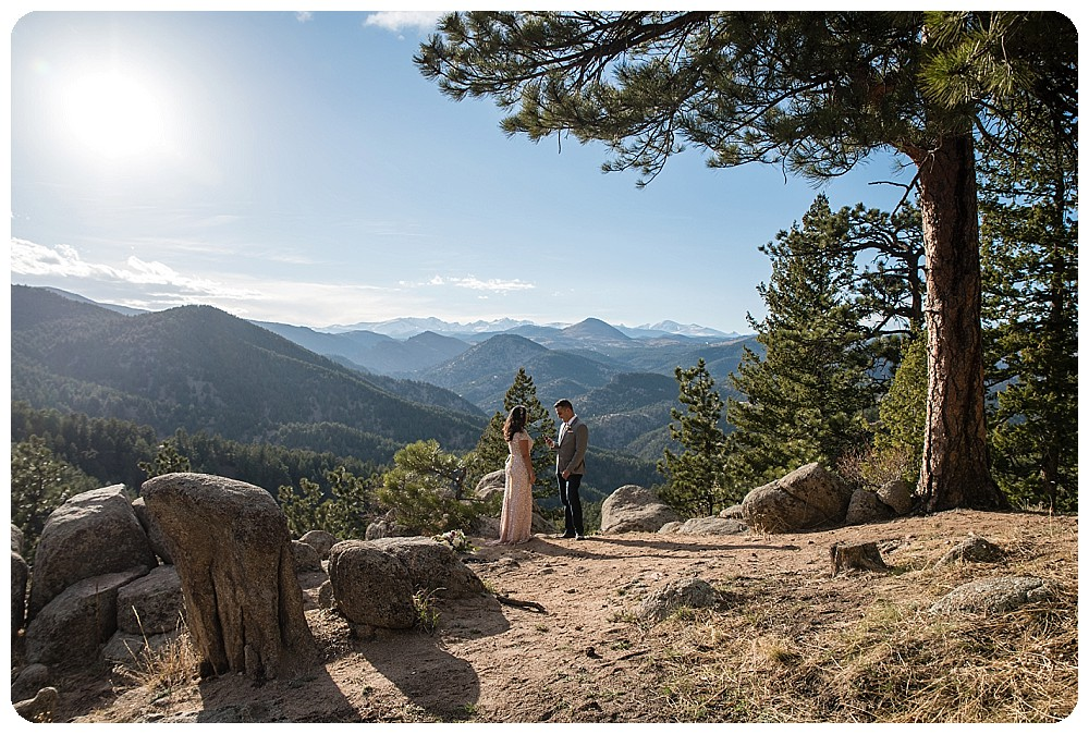 Destination Elopement in Colorado by Rayna McGinnis