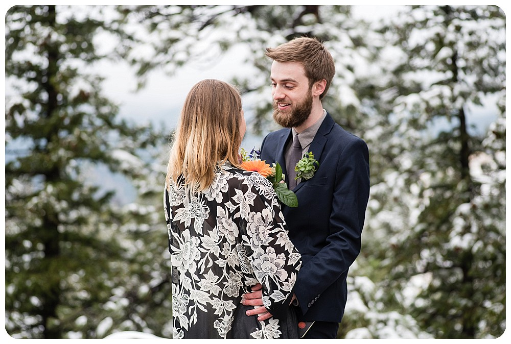 Colorado Elopement in April