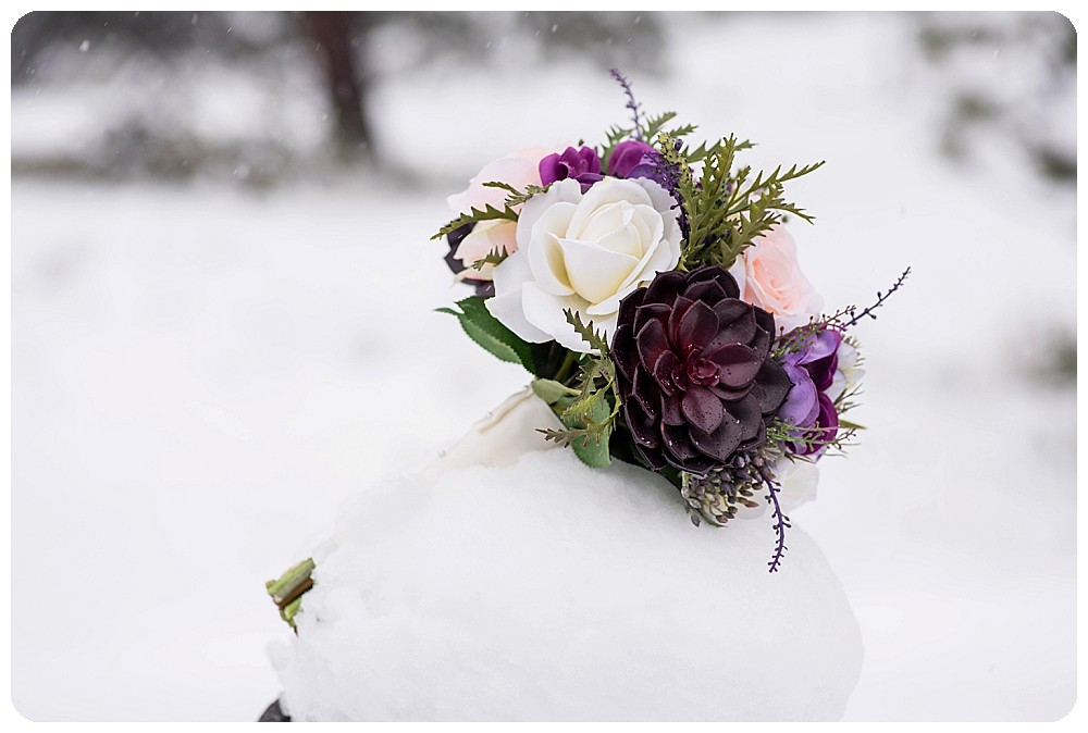 Bride's wedding bouquet at boulder elopement